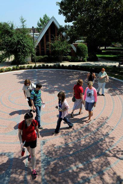 Labyrinth-Dedication-Students-walking