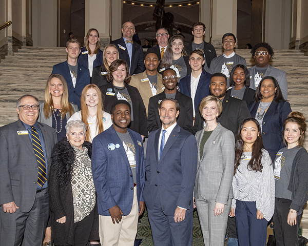 group photo of UCO students, faculty and staff at the Oklahoma Capitol building